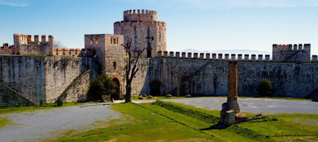 yedikule-fortress-in-istanbul