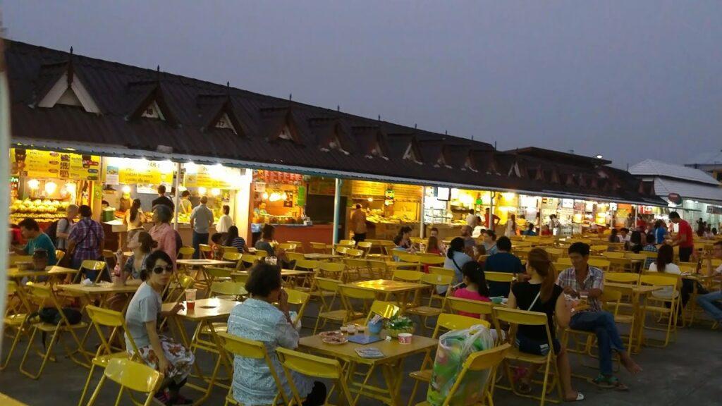 Night_Bazar_chiang_rai