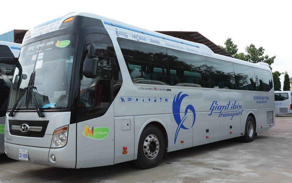Trave-by-bus-cambodia-to-bangkok