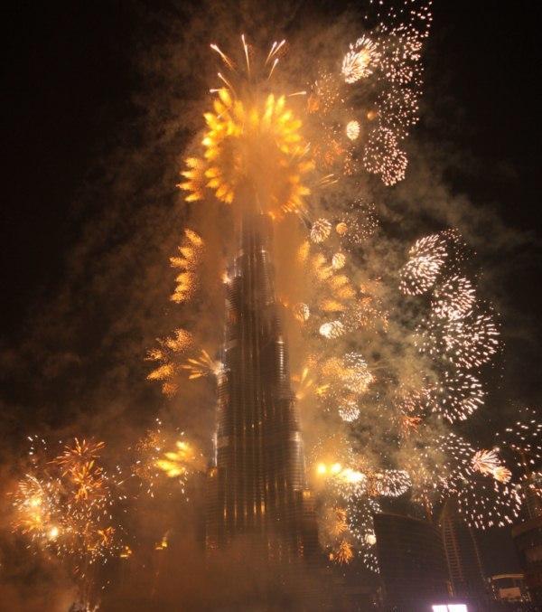 Burj_khalifa_fireworks