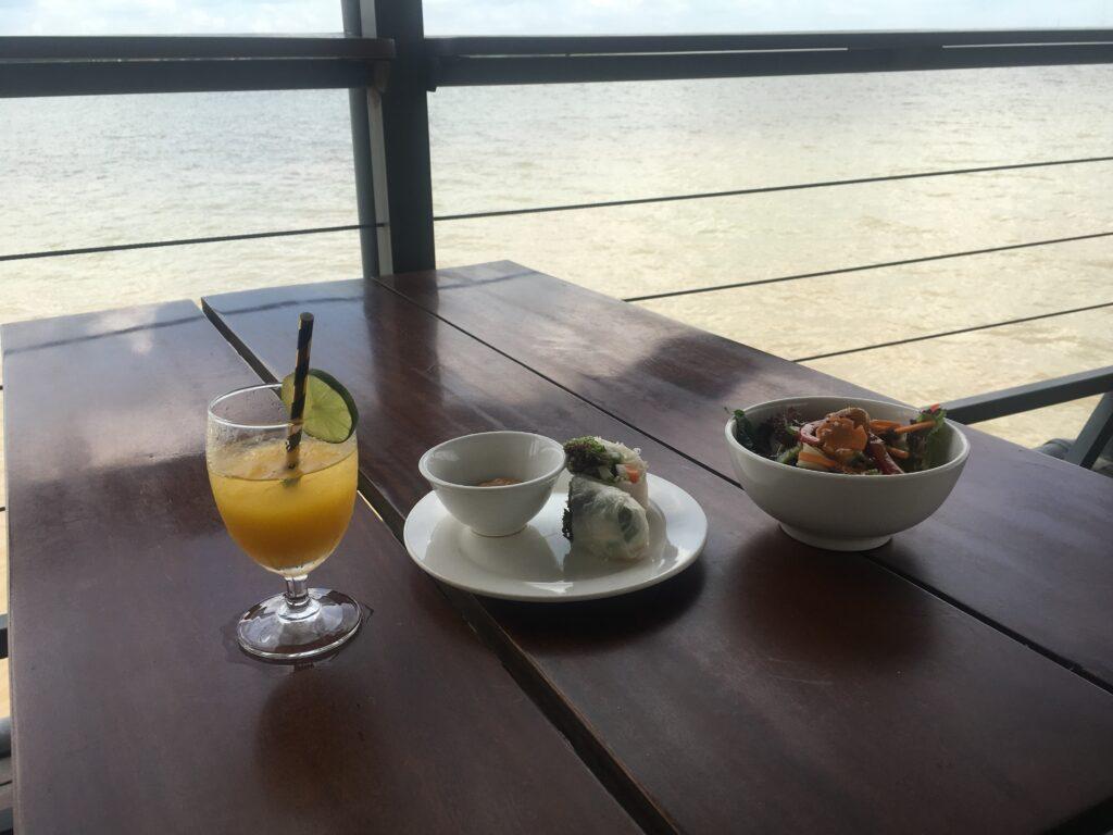 Restaurant_at_silk_island