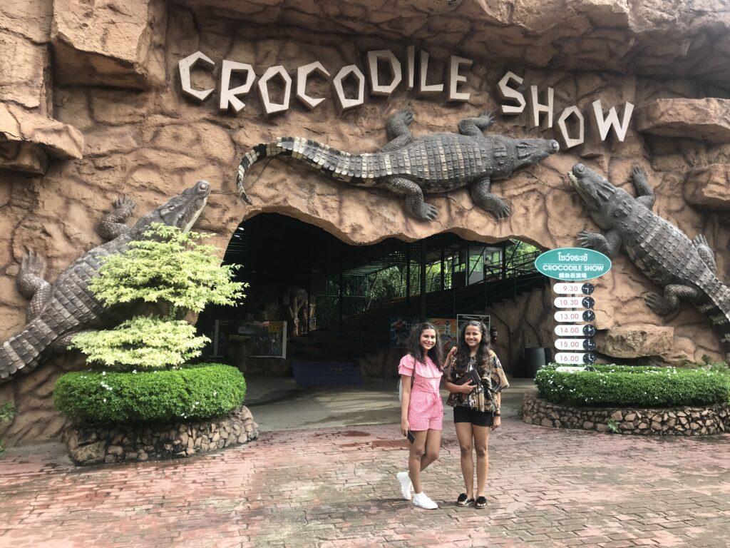 crocodile-show-at-sriracha_zoo