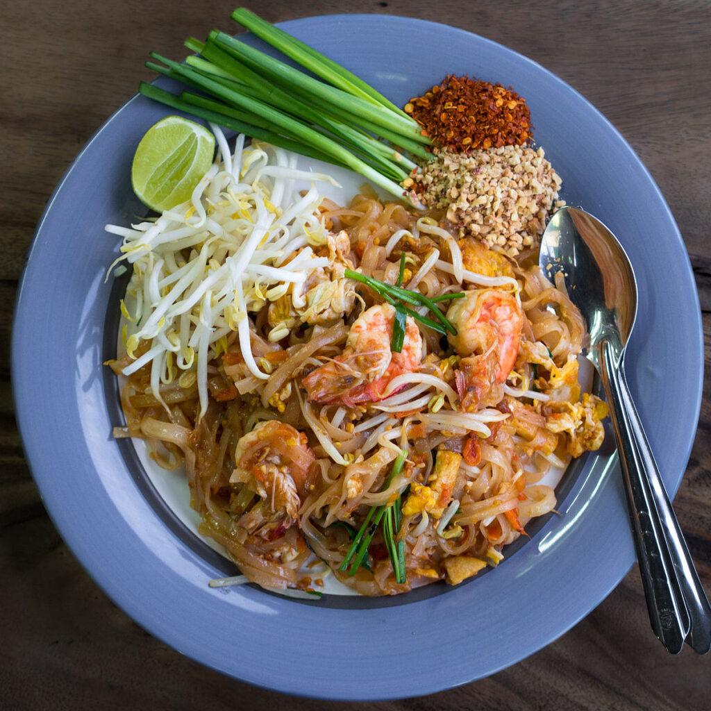 Phat_Thai_kung_Chang_Khien_street_stall-phuket'