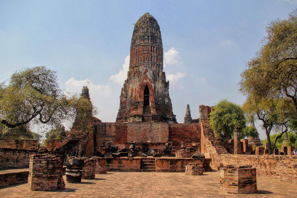anicient-temple-of-ayodhya-in-thailand
