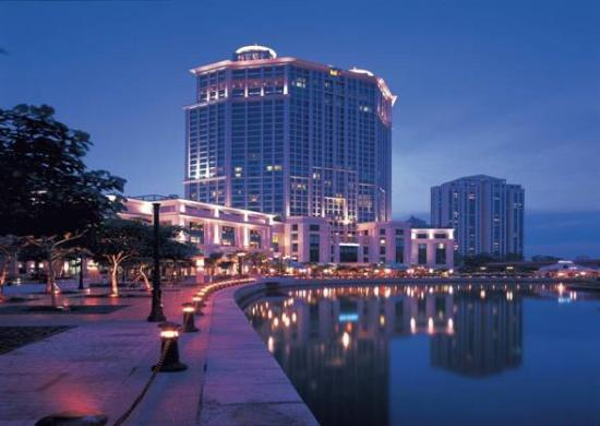 grand-copthorne-waterfront-in-singapore