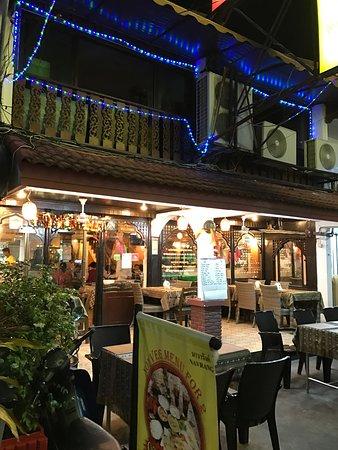 indian-restaurant-in-phuket