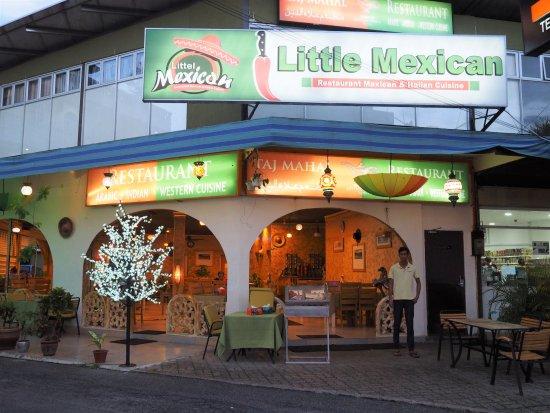 outside-of-the-restaurant_langkawiisland