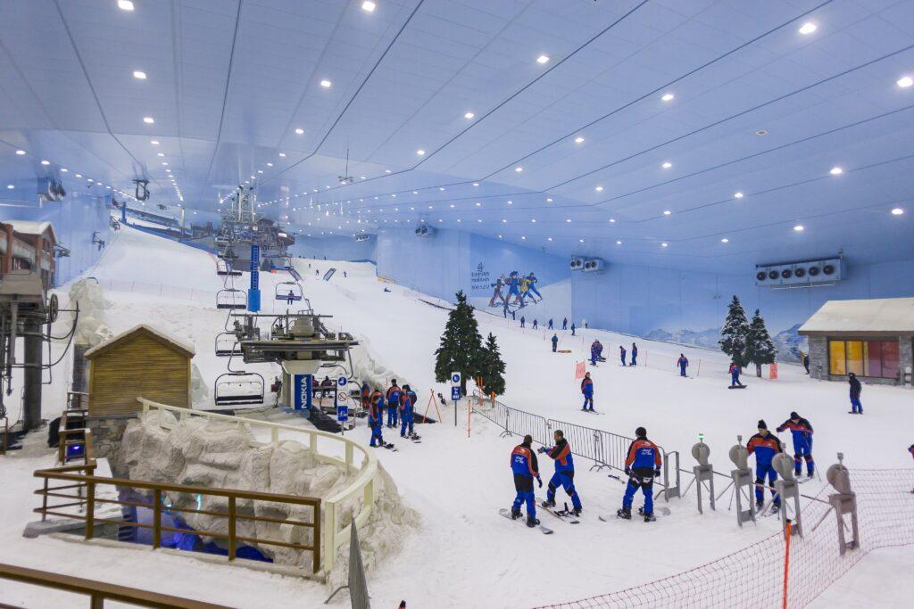 ski-park-cold-place-in-dubai