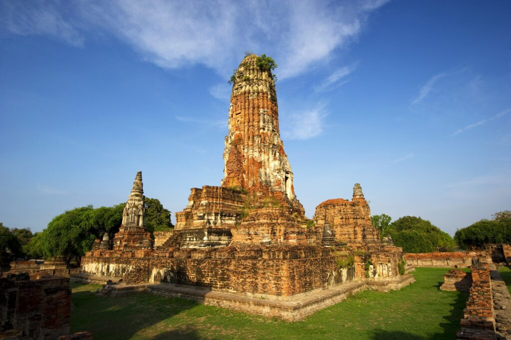 wat-phra-ram-ayutthaya-thailand