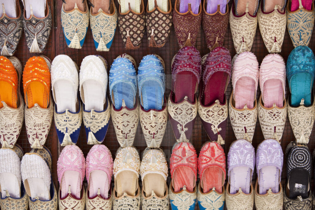 arabic-shoes-in-dubai