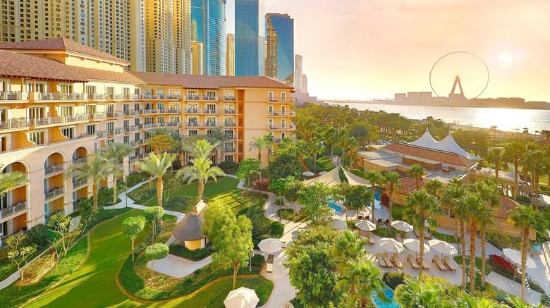 dxbrz-hotel-gardens-in-dubai
