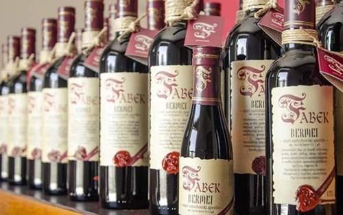 fabek_bermet_wine